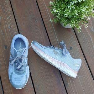 New Balance Arishi Running Tennis Shoes